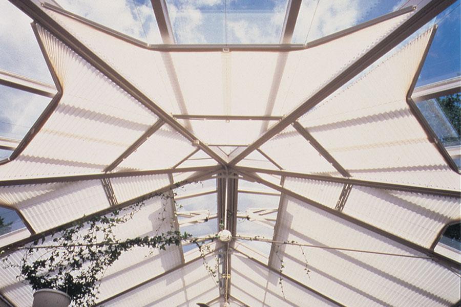 Plissee für Dachfenster in Sonderformen